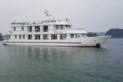 The Luxury Day Boat 2